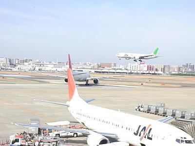 20110226福岡空港2.jpg