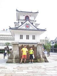 20110809・1-13 駅前の時計.jpg